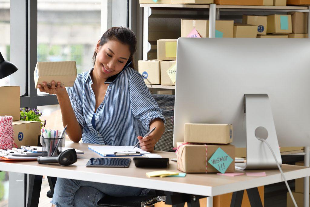 Business Woman Entrepreneur Zbj8s68 (1) - RA Soluções Corporativas   Contabilidade no Rio de Janeiro e para todo o Brasil